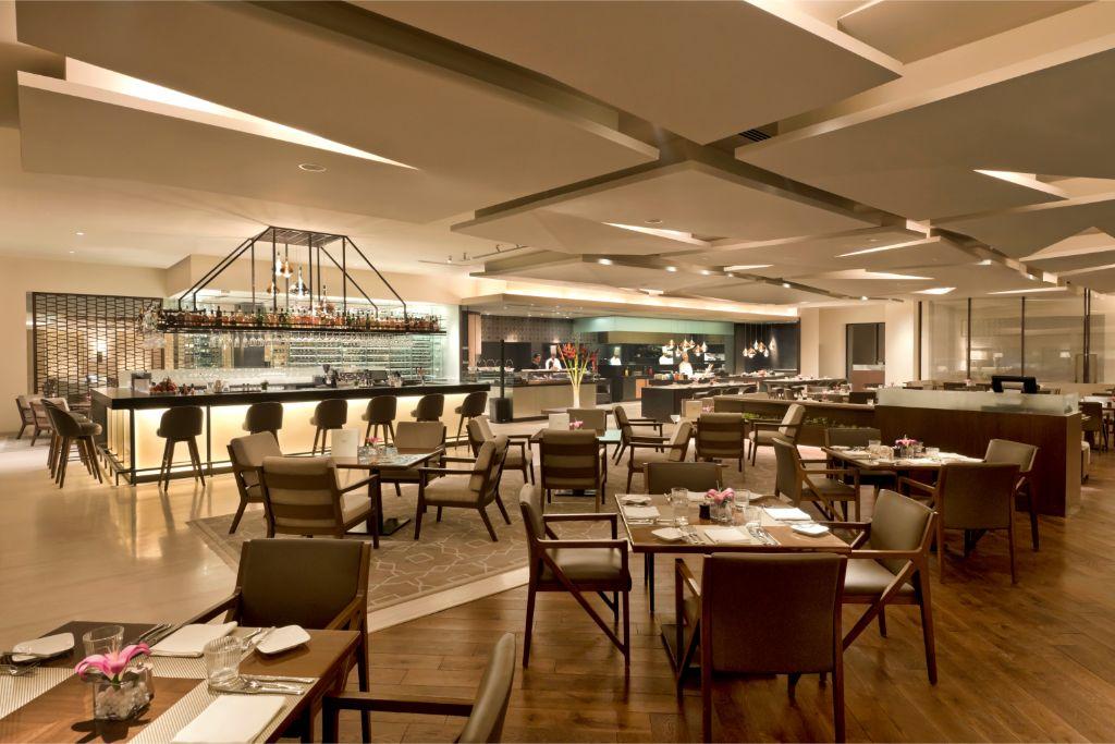 360 degrees_ Main Dining Restaurant_The Oberoi, New Delhi