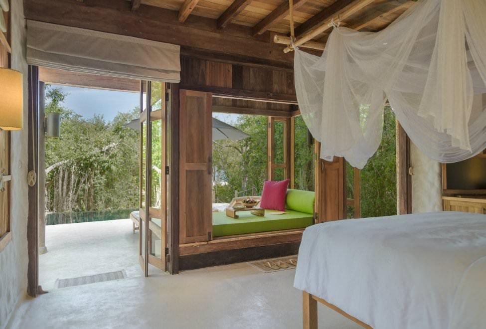 975x660_Beachfront Pool Villa bedroom 300x185