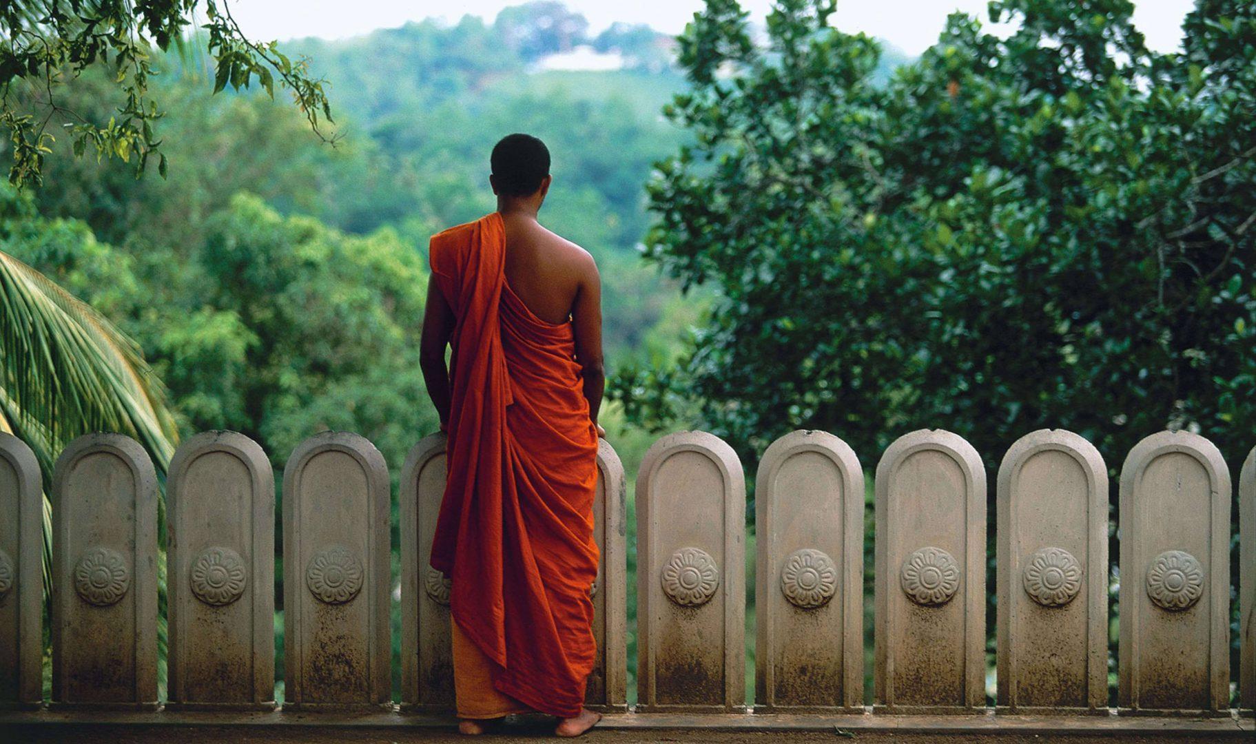 Amangalla-Yatagala-Temple-Sri-Lanka