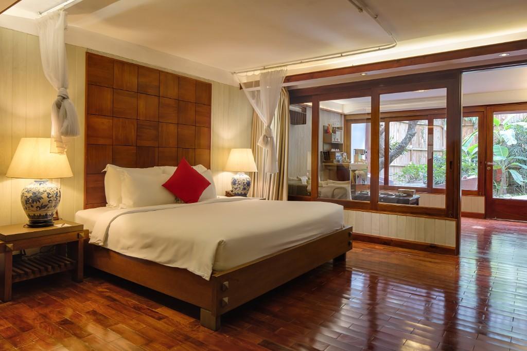 Bedroom-Family_Suite-1