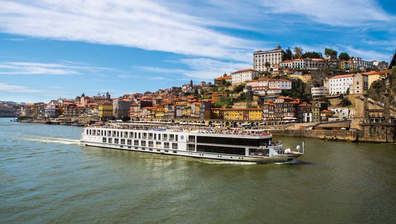 Queen Isabel statek rzeka