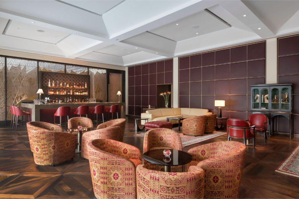 The Club Bar_The Oberoi, New Delhi