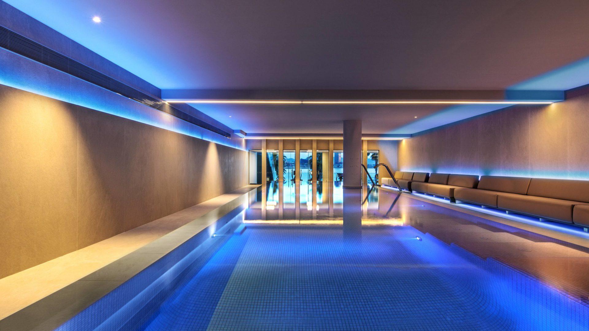 W hotel Barcelona basen wenwetrzny