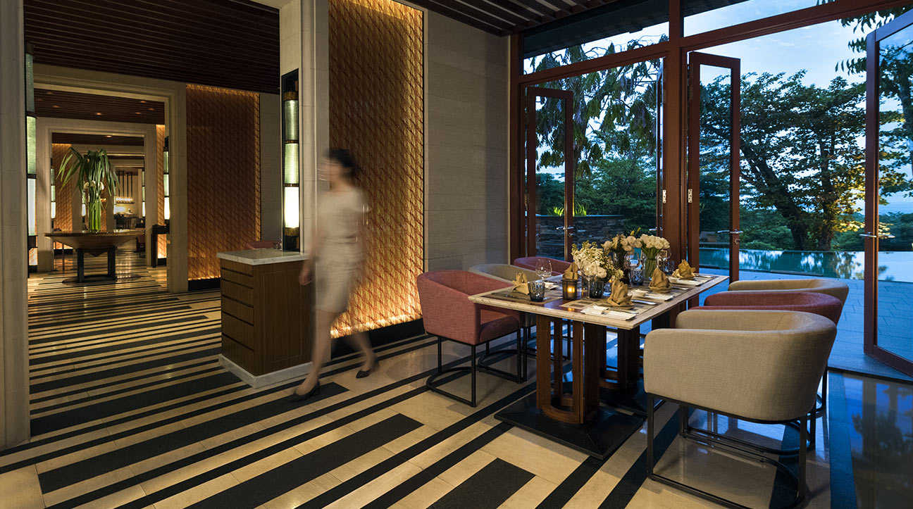 singapore-dining-the-knolls-detail-gallery-01